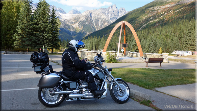 bikers at rogers pass