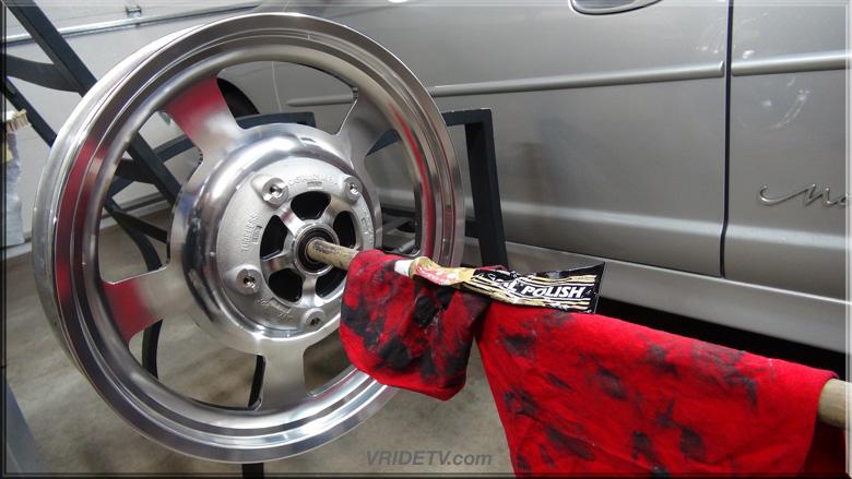 DIY wheel stand