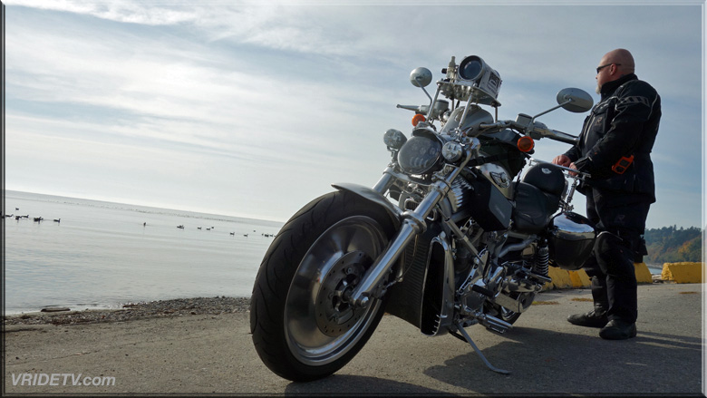 Vrod at the ocean's edge
