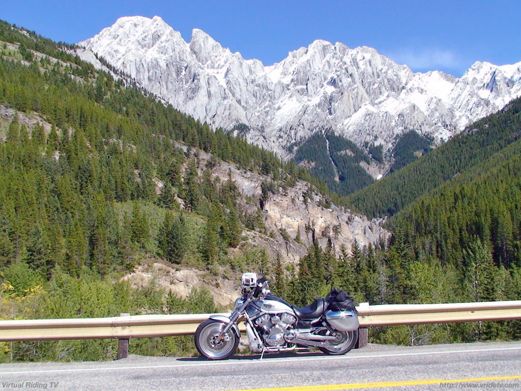 Fantastic Wallpaper Mountain Motorcycle - wallpaper_mountains_vrod_1024x768  Perfect Image Reference_95238.jpg